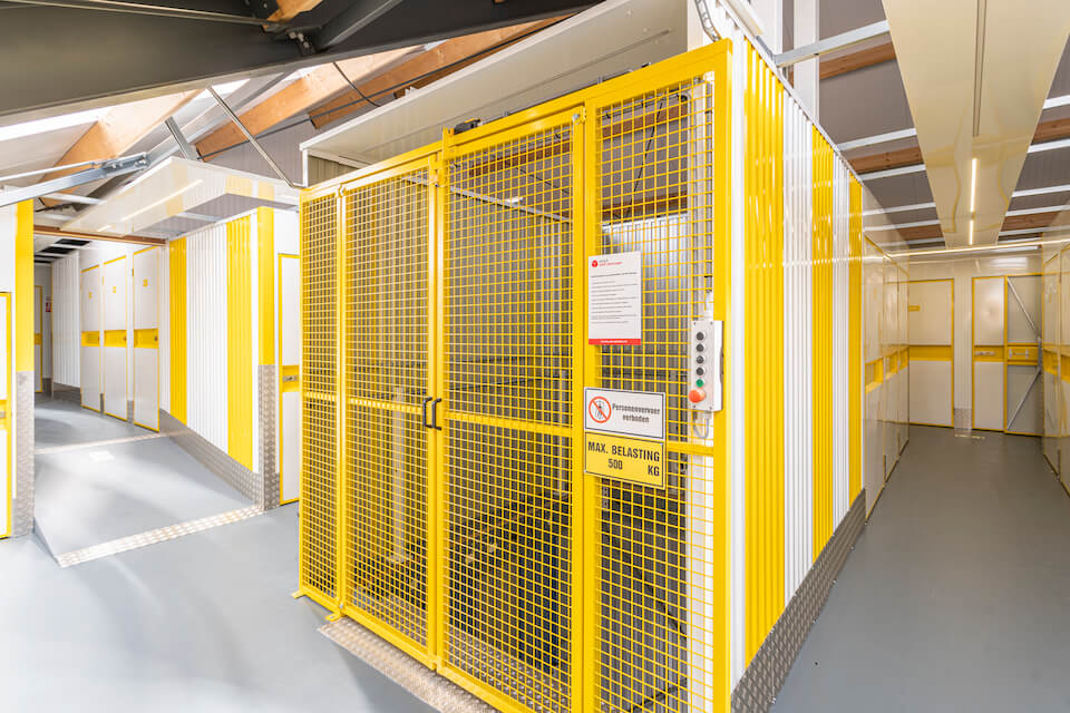Opslagruimte-geel-lift-960px